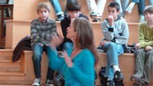 Frédérique Pichard intervient en école, collège, lycée